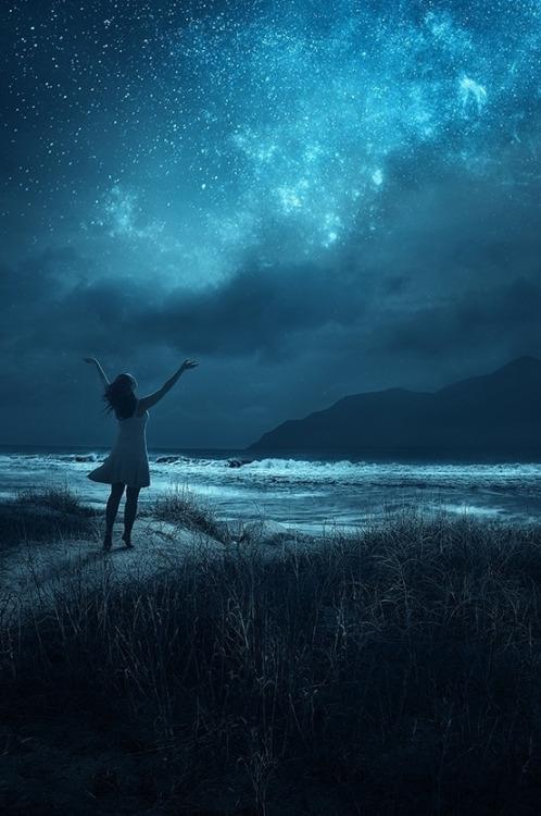 Я здесь поднимаю свои руки к небу аккорды