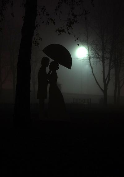 Фото Влюбленные в ночном парке, фотограф Maks Banasevich