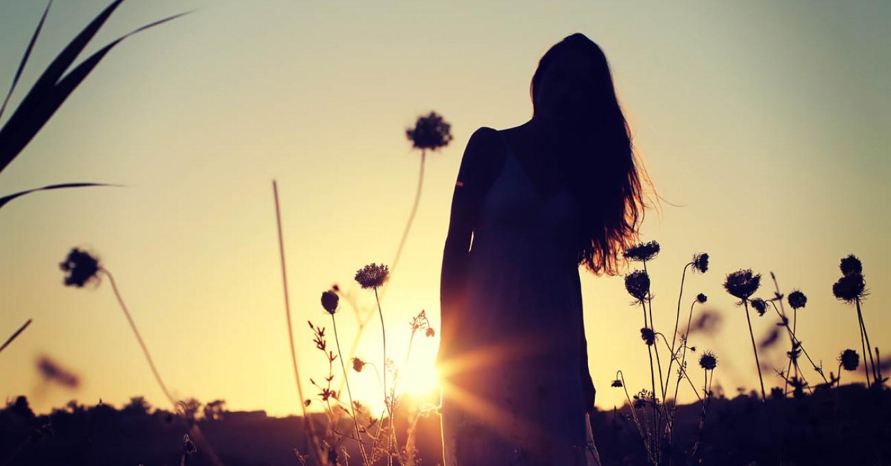 Фото девушек на закате