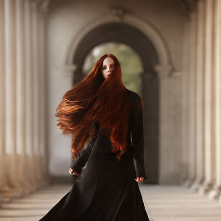 Фото Девушка в черной одежде с длинными волосами, фотограф Елена Daedra Алферова