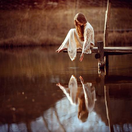 Фото Девушка сидит на мостике, фотограф Ирина Джуль