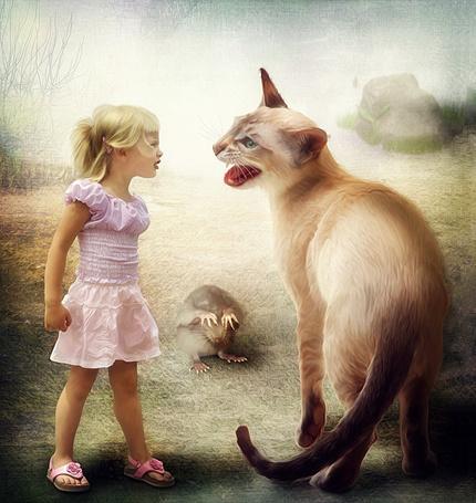 Фото Девочка и кошка ругаются друг с другом, а мышка сидит закрыв лапками мордочку