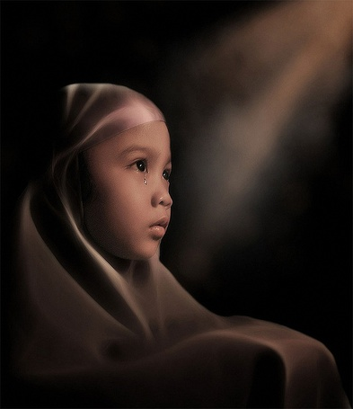 Фото Девочка - мусульманка со слезой у глаза, фотограф Герман Дамар
