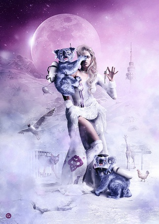 Фото Коала с баллоном прицепился на девушку, держащей в руках ключ, на фоне заснеженных гор, розового неба с полной Луной, вышкой, летящим вертолетом, рядом в клетке сидит лиса, рядом с маской на лице сидит второй коала, ходят курица и жираф, автор финский графический дизайнер с загадочным именем Olli-Pekka Jauhiainen