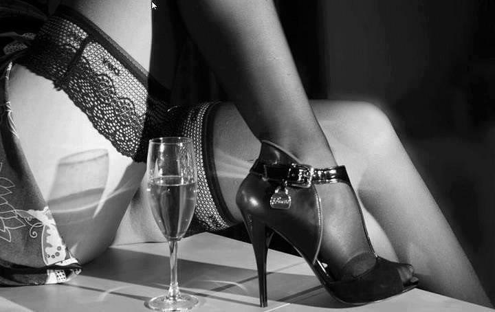 Бокал вина и эротика фото 197-357