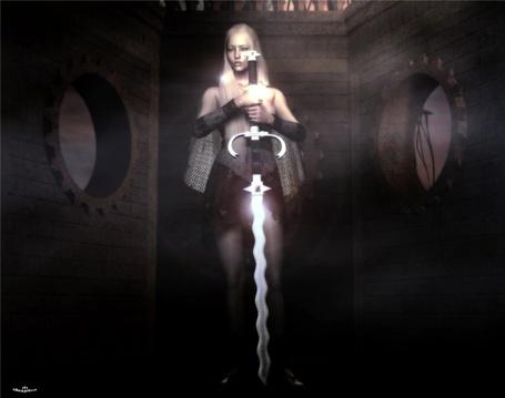 Фото Девушка на коричневом фоне с огромным мечом в руках