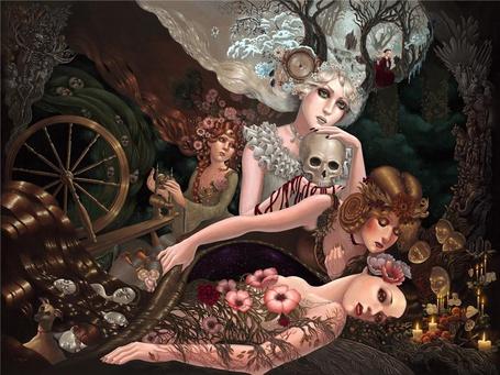 Фото Фантастическая девушка с подругами в фантастическом мире