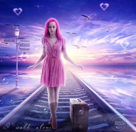Фото Девушка с чемоданом стоит на рельсах, которые проходят по воде (I walk alone / Я иду одна), работа SummerDreams89