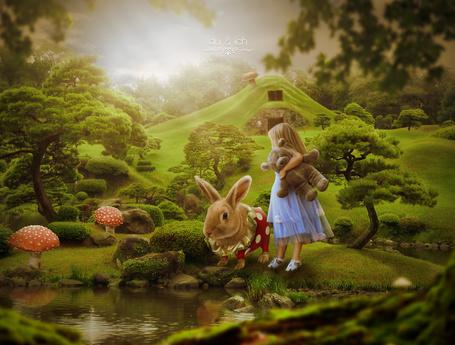 Фото Девочка с плюшевым мишкой и кролик, работа Dobi78