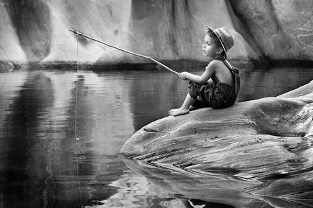 Фото Мальчик на рыбалке, ву Bruno Birkhofer