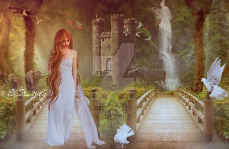 Фото Девушка в длинном белом платье стоит и смотрит на голубя, by ladyjudina