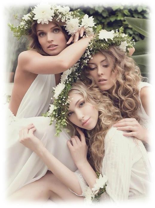 Тремя девушками ценную