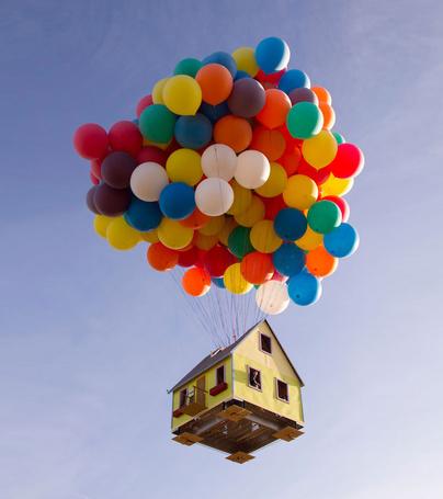 Дом из шариков фото