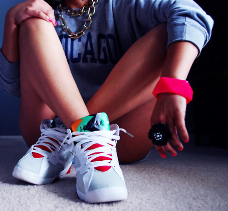 PHOTO OF GIRLS NIKE SWAG