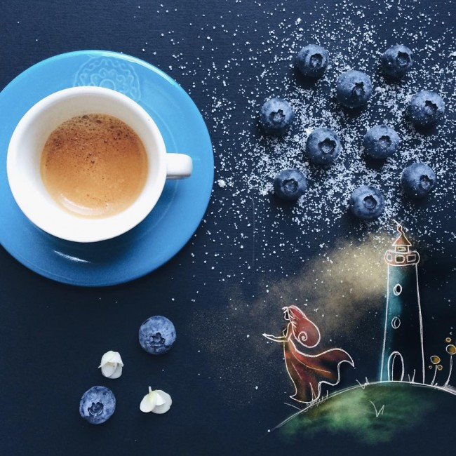 Фото Кружка с кофе на столе с рисунком девушки у маяка, by Cinzia Bolognesi