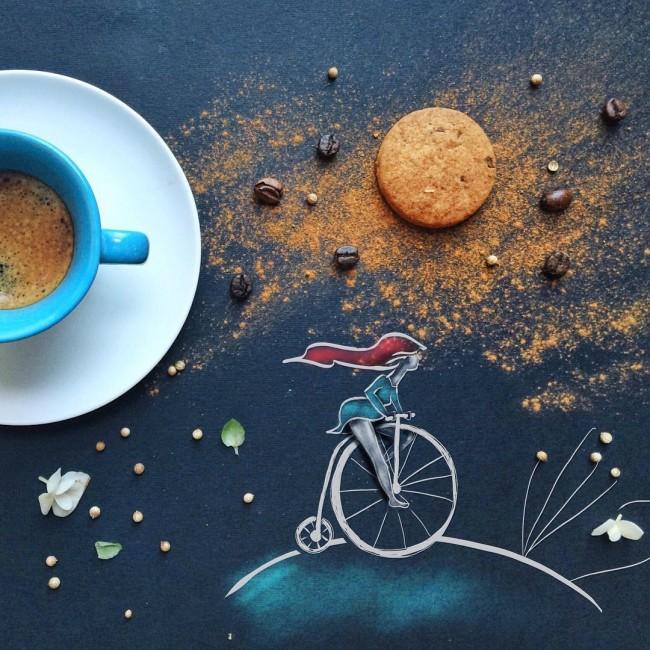 Фото Кружка с кофе на столе с рисунком девушки на велосипеде, by Cinzia Bolognesi