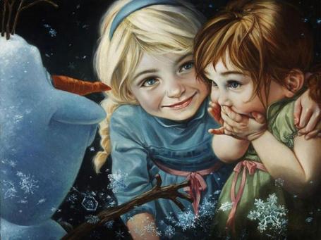 Фото Elsa / Эльза и Anna / Анна из мультика Frozen / Холодное сердце смотрят на Олафа
