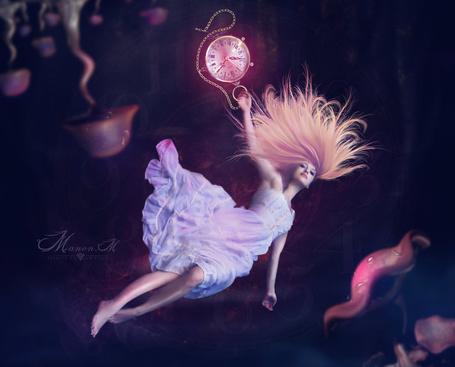 Фото Работа Falling Alice / падение Алисы, by Manon-M
