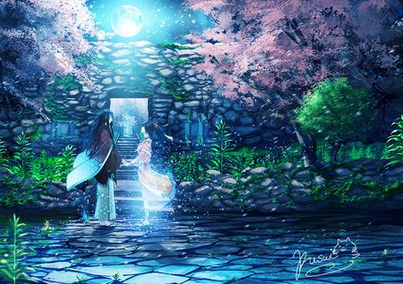 Фото Влюбленные встречаются под луной