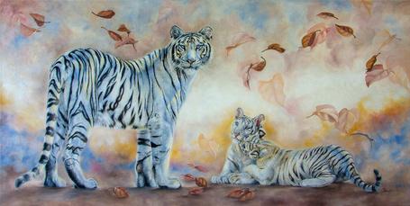 Фото Белые тигры под падающими листьями, by Irena Dem