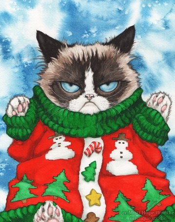 Фото Недовольный сиамский кот в новогодней кофте