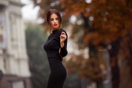 Фото Симпатичная девушка на улице города, фотограф Валентин Лучик
