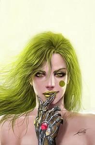 Фото Девушка с зелеными волосами, зеленым цветом губ и с рукой андроида