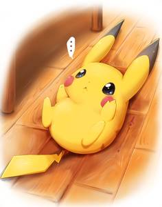 Фото Пикачу / Pikachu из аниме Покемон / Pokemon лежит на полу