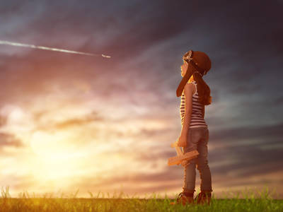 Фото Девочка с самолетиком в руке смотрит в небо, by Konstantin Yuganov-Choreograph