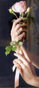 Женские руки на аву 16
