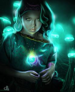 Фото Девочка с желтыми глазами с медальоном на шее в окружении медуз / by GO RI89/