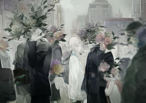 Фото Девушка среди людей, вместо голов которых букеты цветов