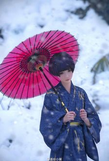 Фото Девушка с короткой стрижкой, с зонтом в руках стоит под снегопадом, by wlop