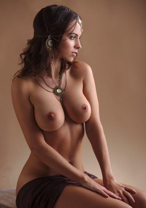 скачать сборники голых женских фотографий