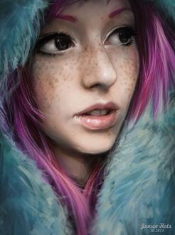 Фото Девушка с розовыми волосами и с голубым оперением вокруг лица смотрит в сторону, by Junica-Hots