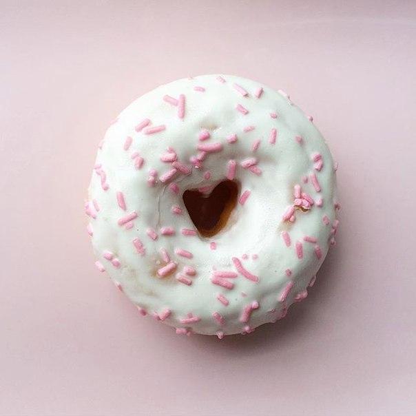 декоративный белый пончик картинка означает значок трубки
