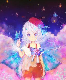 Фото Белокурая девочка с голубыми крылышками в облаках, by mirayue