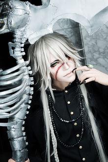Фото Косплей Гробовщик / Undertaker из аниме KuroShitsuji / Dark Butler / Темный Дворецкий
