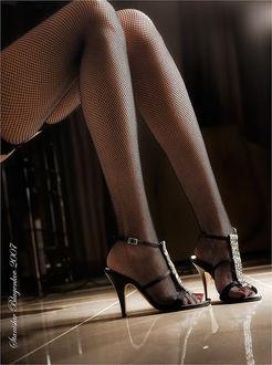 Эротика ножка с туфле