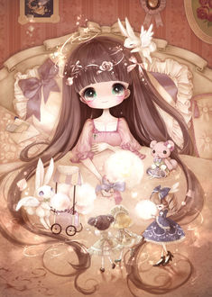 Фото Девочка лежит в кровати, у нее на одеяле собрались куклы, медвежонок и зайчик, продающий сладкую вату