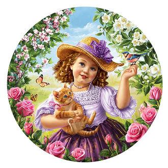 Фото Девочка в шляпке держит в одной руке кошку, на другой руке сидит птица, работа художника-иллюстратора Инны Кузубовой