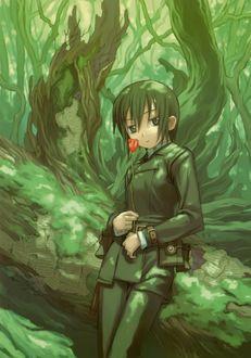 Фото Кино / Kino с цветком в лесу из аниме Путешествие Кино / Kino no Tabi, art by Kouhaku Kuroboshi
