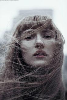 Фото Девушка с развевающимися волосами, by Marta Bevacqua
