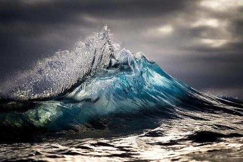 Фото Волны океана на рассвете, фото Рея Коллинза