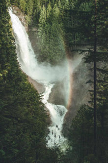 ���� ������� ������-����� / Walles Falls, by Jay Levon