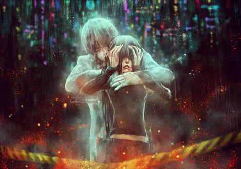 Фото Плачущий призрачный парень обнимает со спины схватившеюся за голову плачущую девушку, стоя под дождем, на фоне огней ночного города, by NanFe