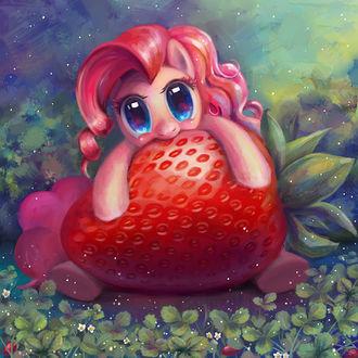 Фото Pinkie Pie / Пинки Пай из мультсериала Мой маленький пони: Дружба – это чудо / My Little Pony: Friendship is Magic / MLP:FiM, кушает клубнику