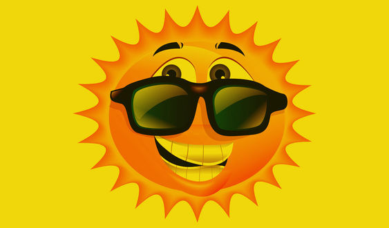 Фото Улыбающееся солнышко в темных очках на желтом фоне, векторная графика