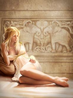 Фото Милая девушка в белом платье сидит на полу, by jasonlan
