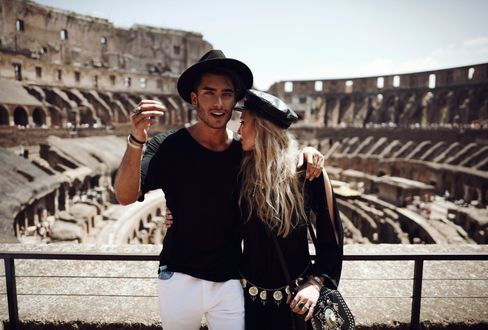 Фото Немецкий фотограф, модель и художник Toni Mahfud / Тони Махфуд с девушкой